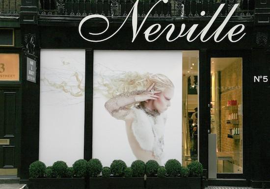 Neville-Salon