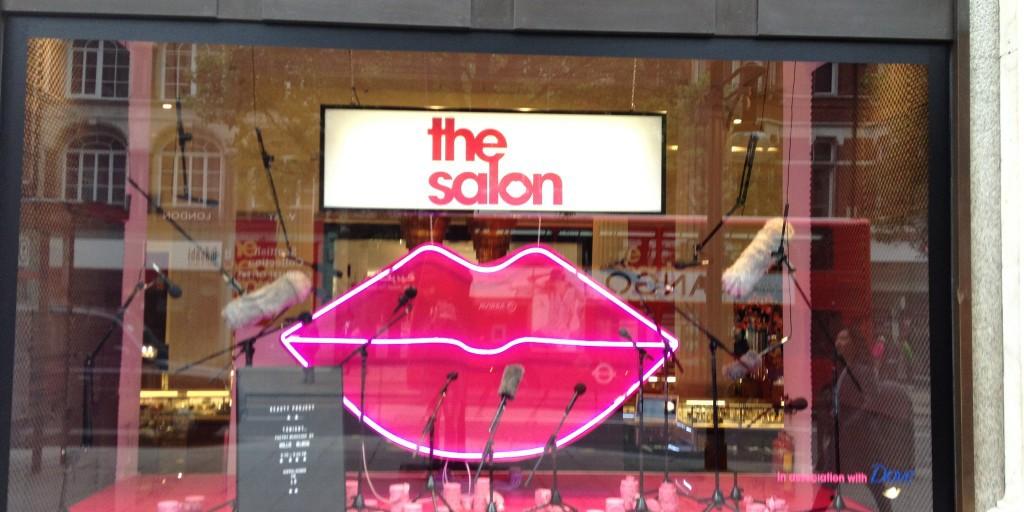 salon-window-display-1024x768